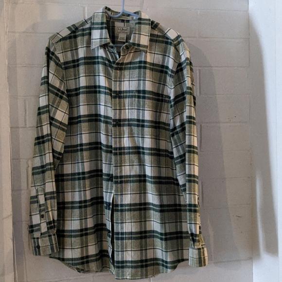 L.L.Bean Flannel Shirt Size Medium-Tall